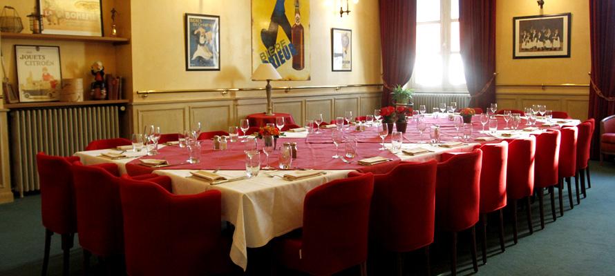 Hotel De Ville Cholet Commercant